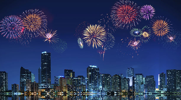 fireworks-display-from-SeaFair-yacht-612x338